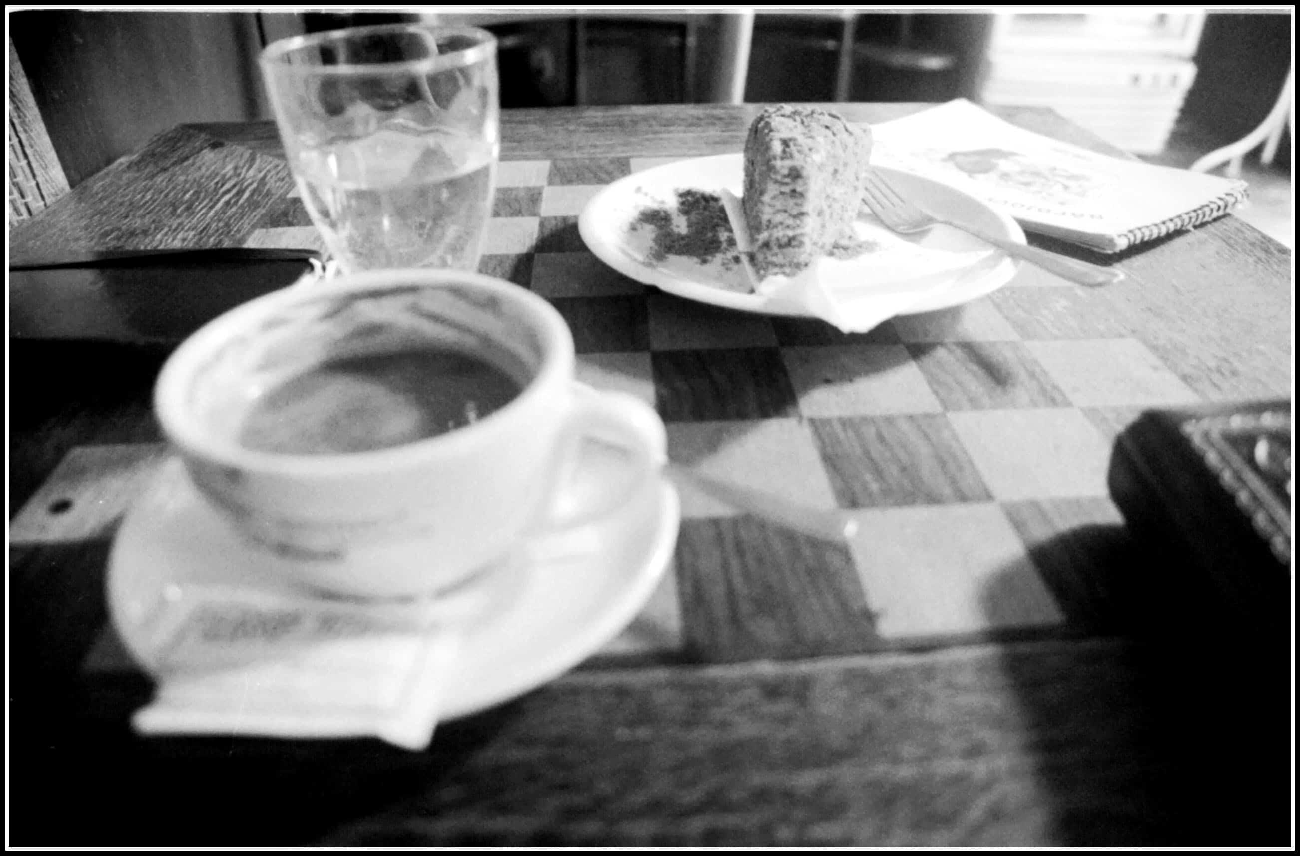 kava a medovnik