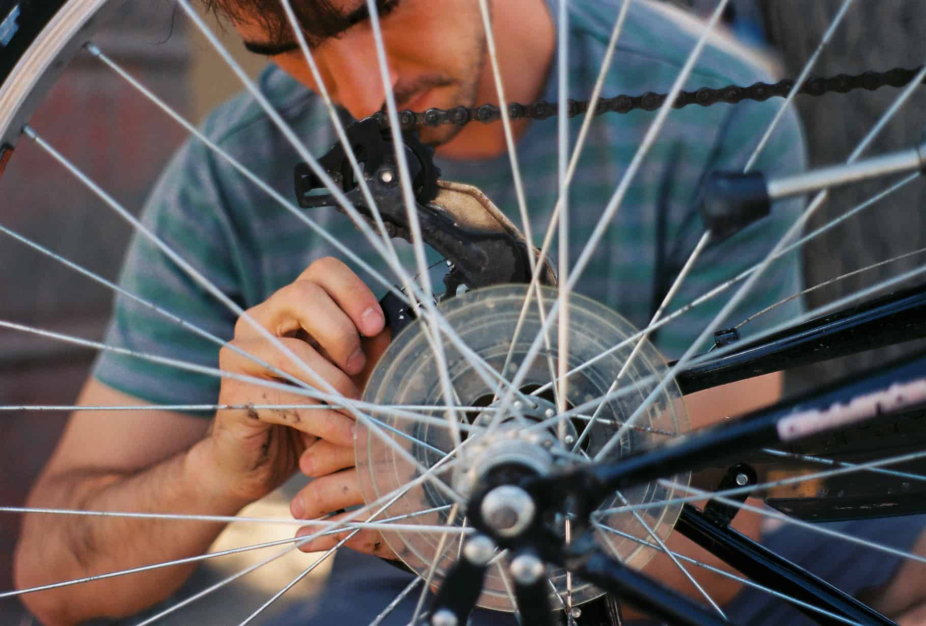 Nacho Fixes a Bike