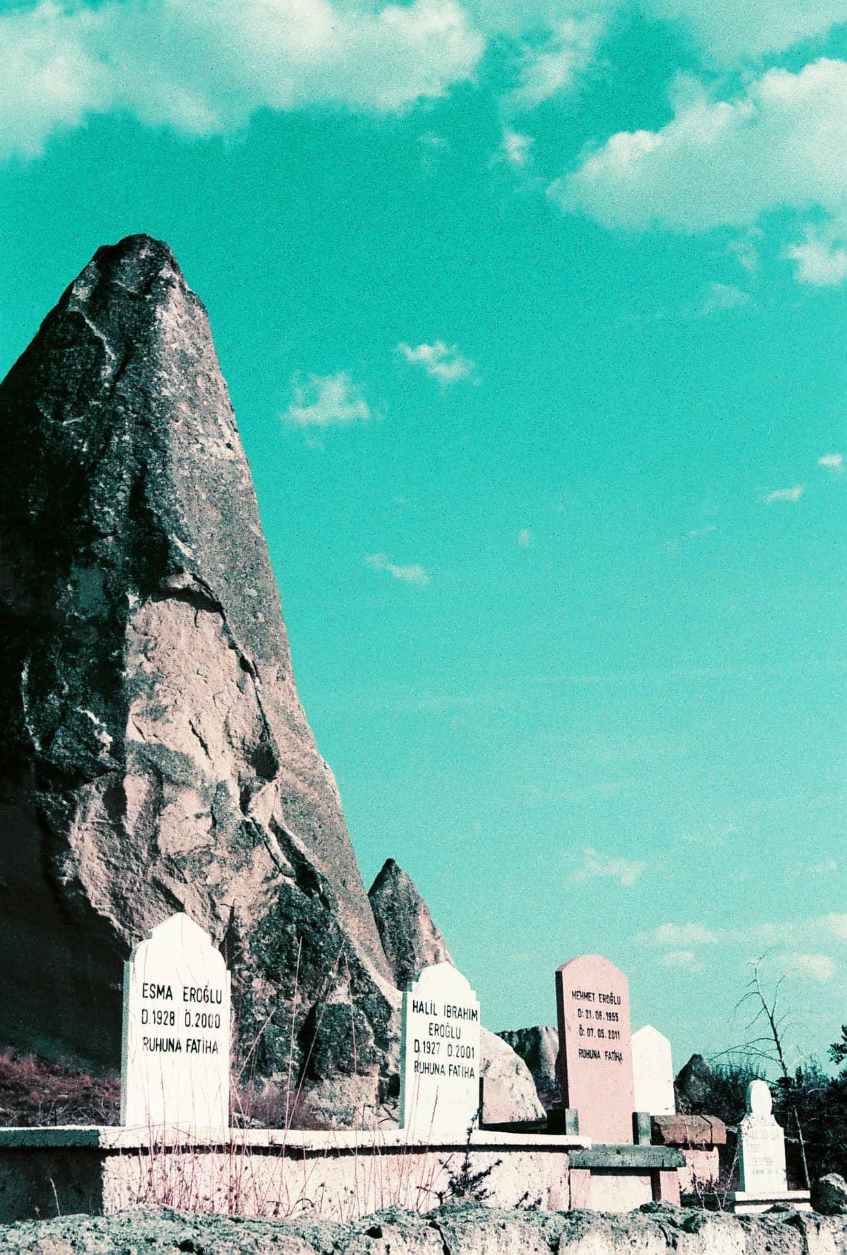 Cavusin graves