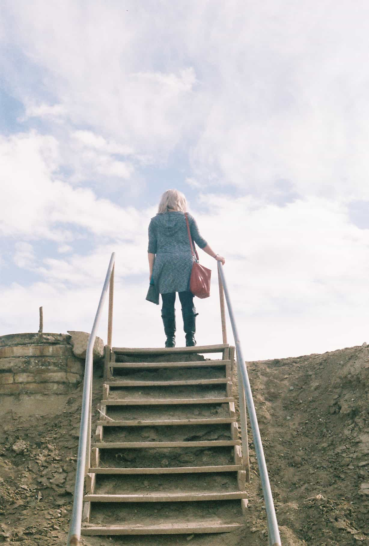 Hillary explore Salton Sea